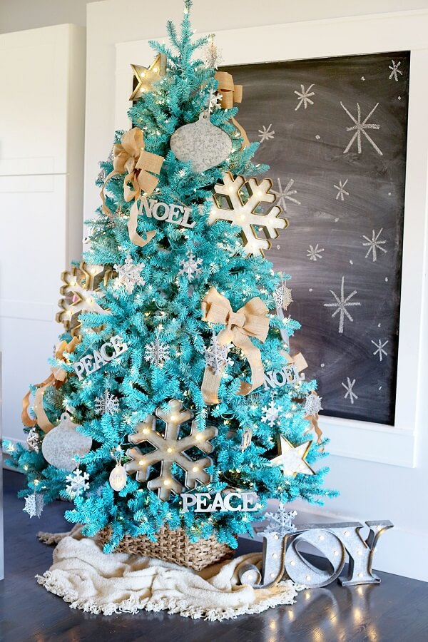 It's hard not to be charmed by the beauty of the blue Christmas tree