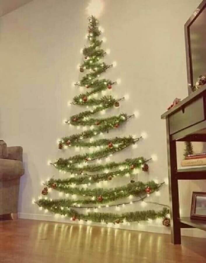 wall christmas tree made with christmas party Photo Pinterest