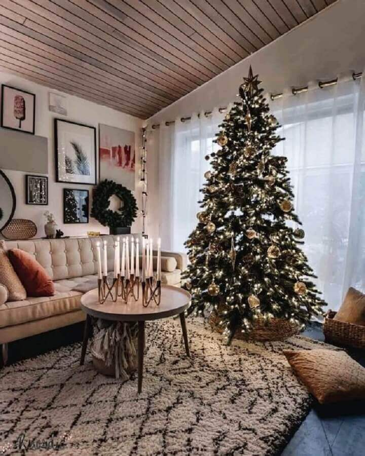 large christmas tree for living room decoration with candelabra candlestick with several candles Photo Pinterest