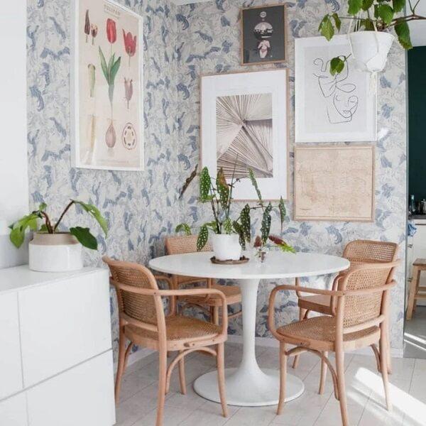 A Begônia Maculata trouxe um toque verde para a decoração da sala de jantar
