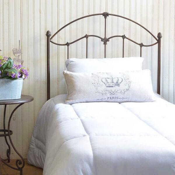 A cabeceira de ferro solteiro se adapta a diferentes estilos de decoração