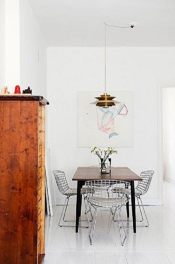 Cadeira Bertoia cromada para sala de jantar clean