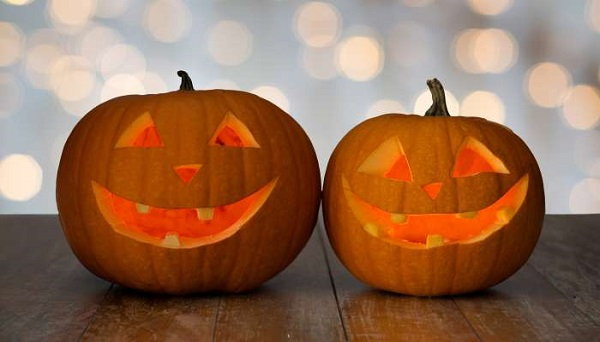 How to make carved halloween pumpkin