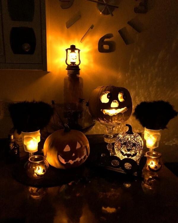 Different models of illuminated halloween pumpkin