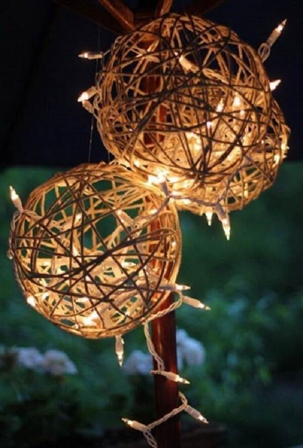 Rustic handcrafted luminaires for outdoor Christmas decoration