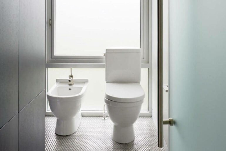 Projeto de banheiro com bidê