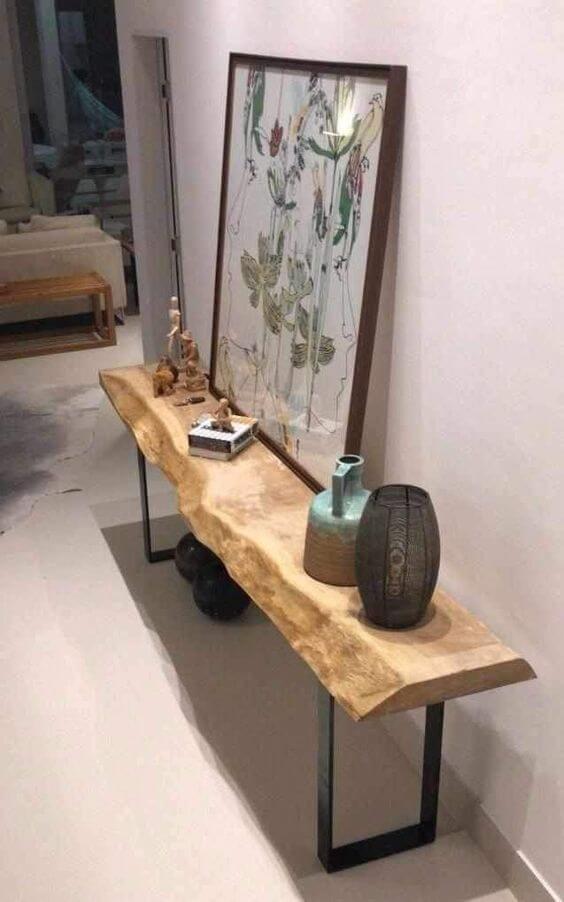 Aparador para corredor de ferro e madeira