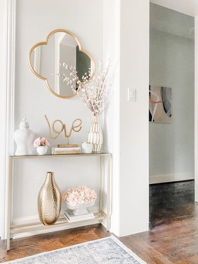 Aparador para corredor pequeno