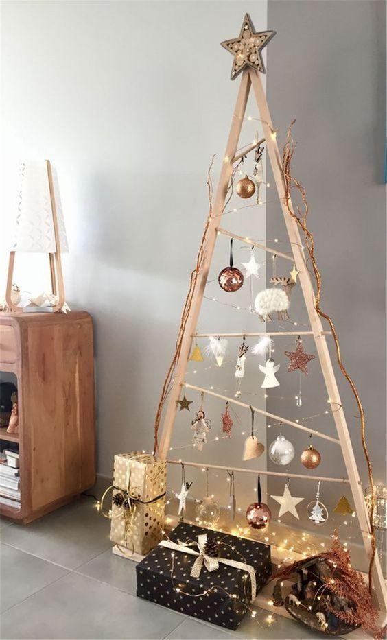 Árvore rústica com estrela de natal
