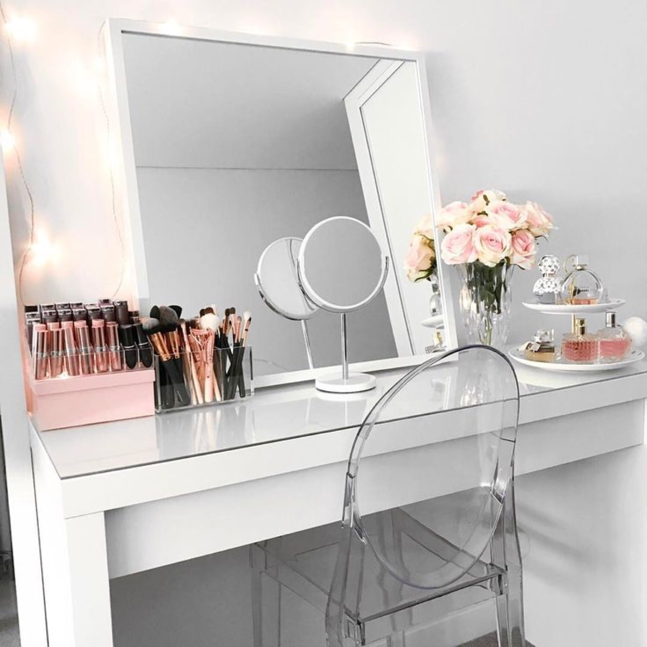 Penteadeira com espelho de mesa
