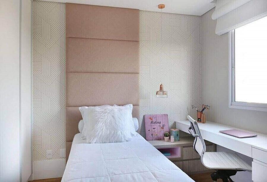 cabeceira rosa estofada para decoração de quarto de solteiro feminino pequeno Foto Últimas Decoração
