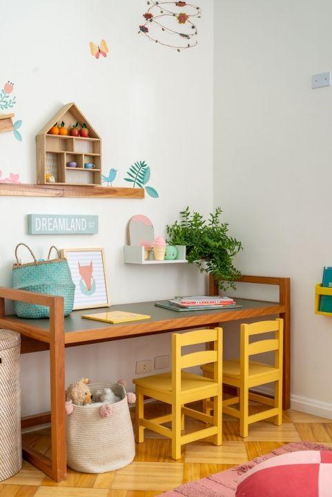 Cadeira para escrivaninha infantil colorida