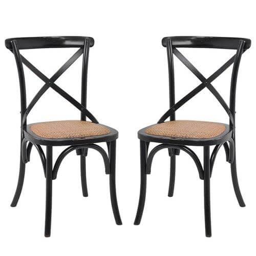 Cadeira paris preta na mesa de jantar