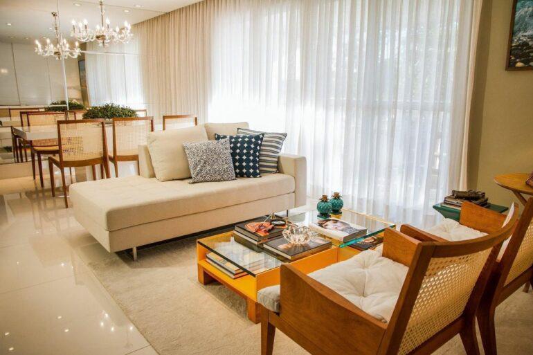 Cortinas para sala de estar - Via: Jamile