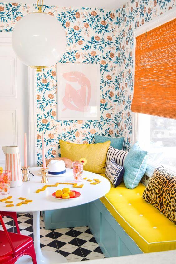 Cozinha colorida com tons pasteis