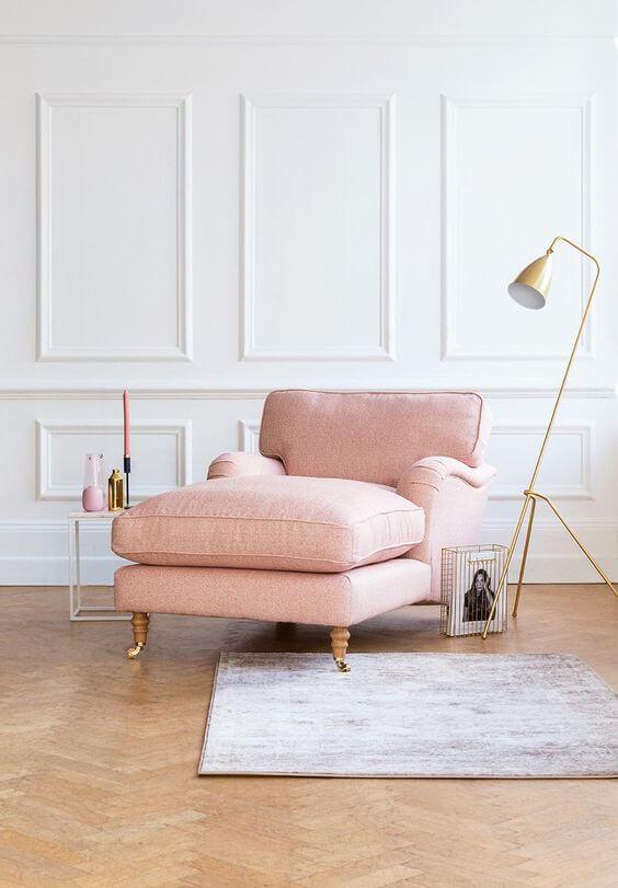 Decoração com divã rosa