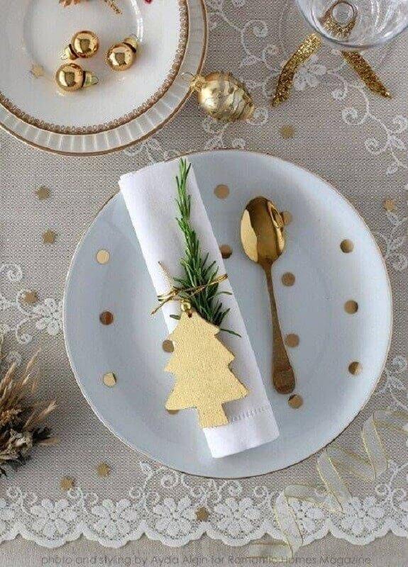 decoração de mesa natalina branca e dourada Foto Pinterest