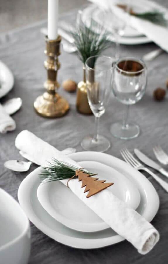 decoração de mesa natalina moderna e minimalista Foto Pinterest