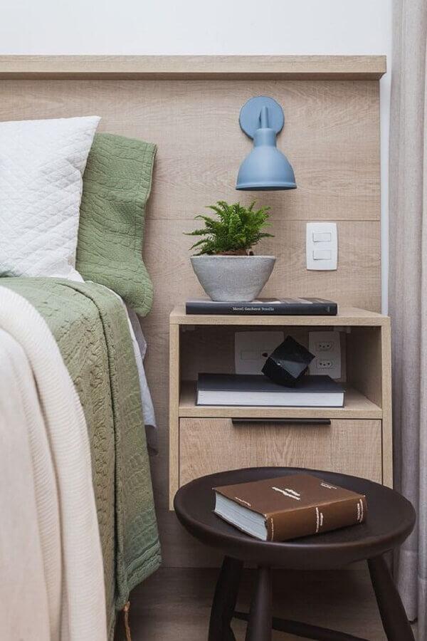 decoração de quarto com luminária de cabeceira azul Foto Casa de Valentina