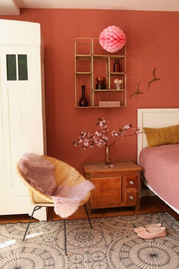 decoração de quarto com parede em tons terrosos  Foto Pinterest
