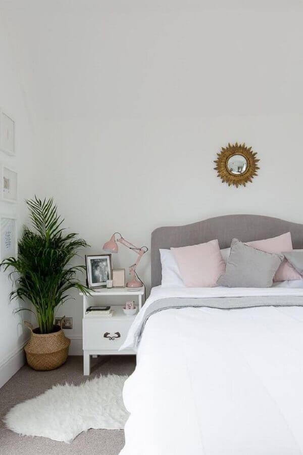 decoração de quarto simples com cabeceira de cama cinza Foto Casa de Valentina