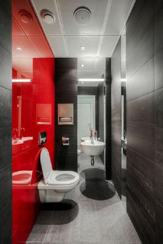 decoração moderna de banheiro vermelho e cinza Foto Pinterest