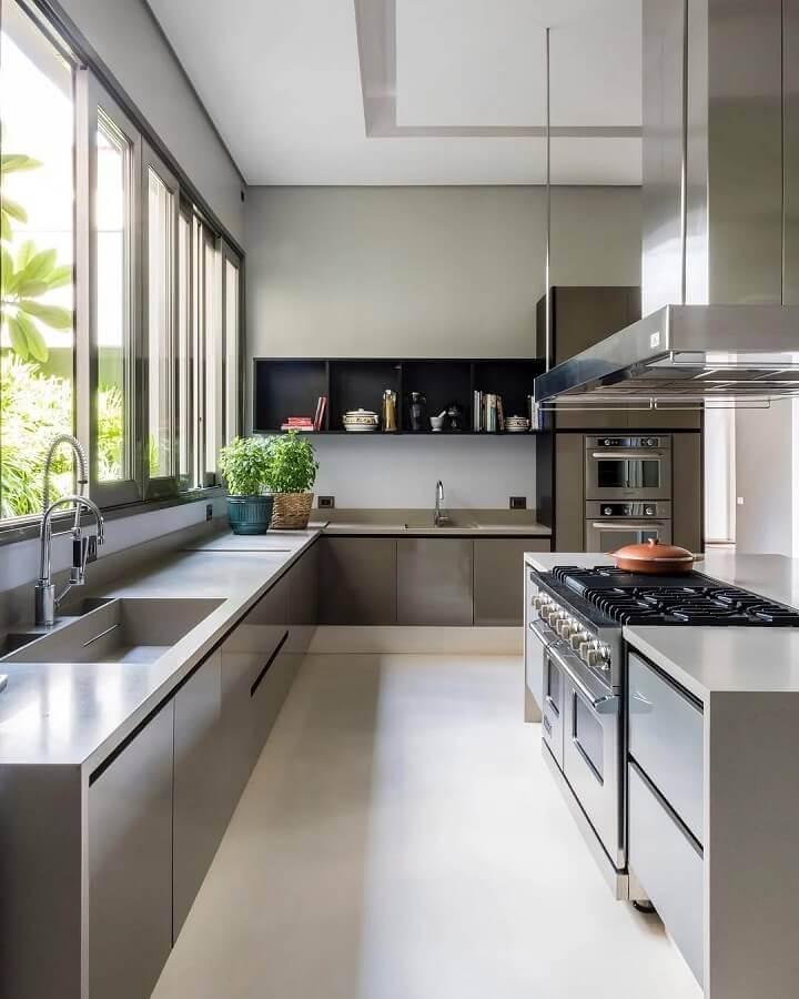 decoração moderna de cozinha completa de canto com ilha Foto Maurício Karam Arquitetura