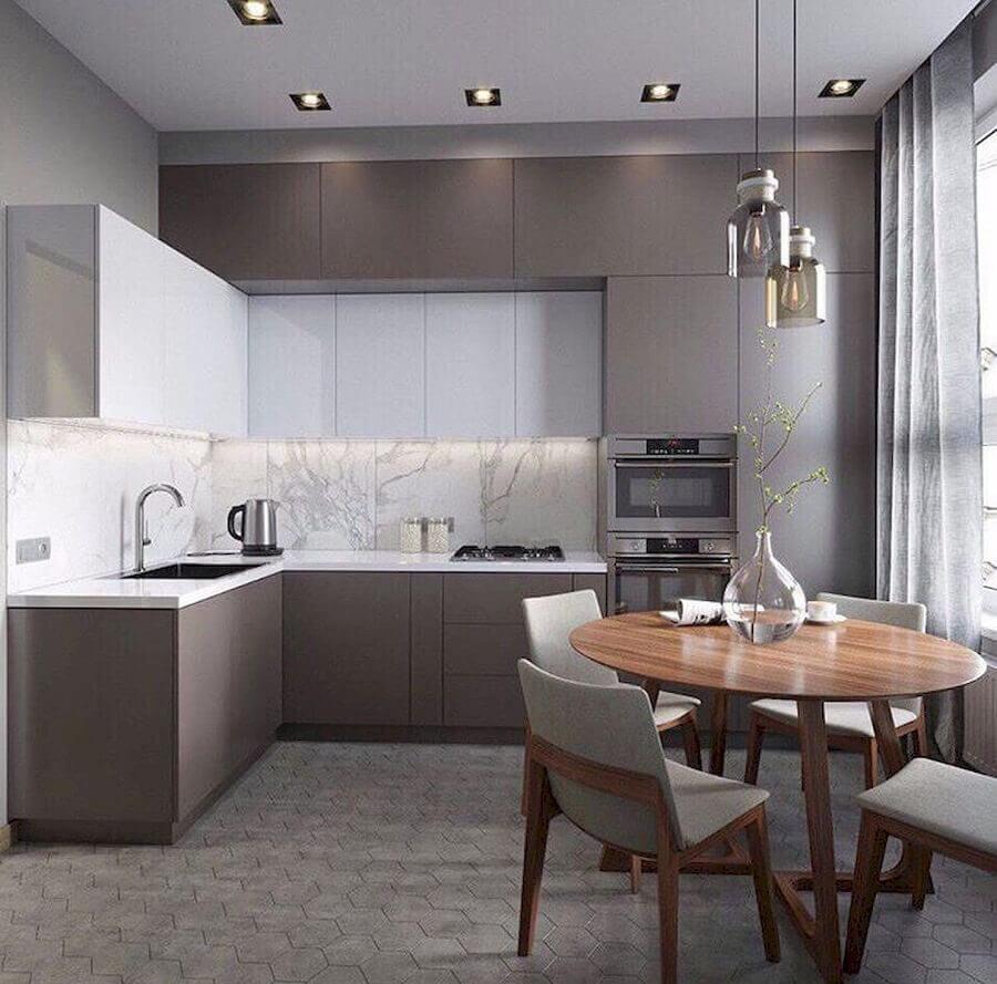 decoração para cozinha planejada de canto moderna com armários cinza Foto Pinterest