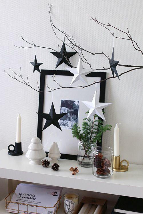 Decoração com estrela de natal preto e branca