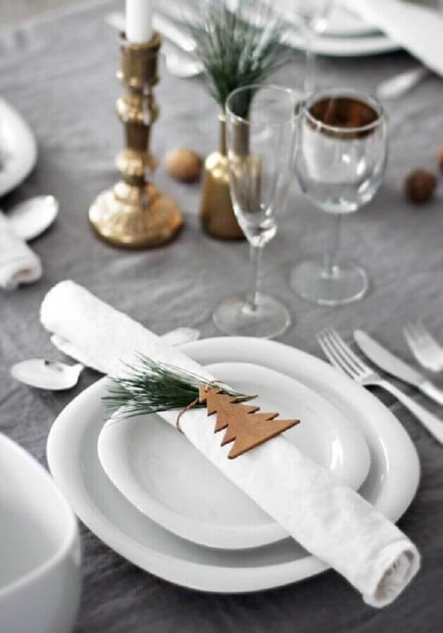 Christmas table ornament for minimalist decoration Foto Pinterest