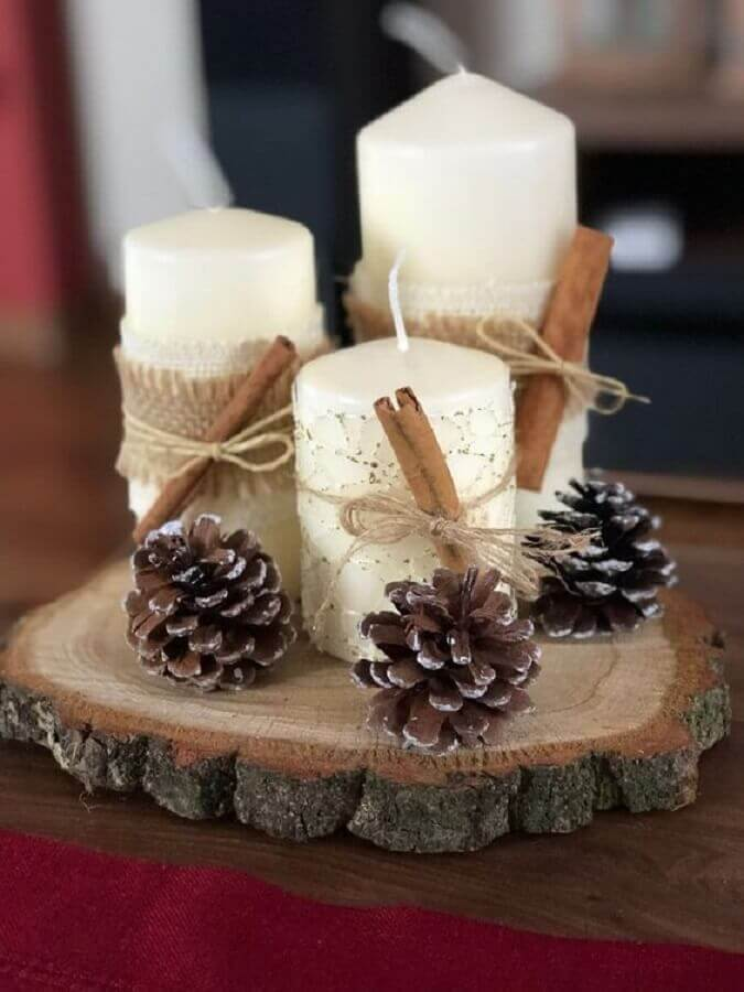 rustic Christmas ornament with candles and pinecones Photo Recycle and Decorate