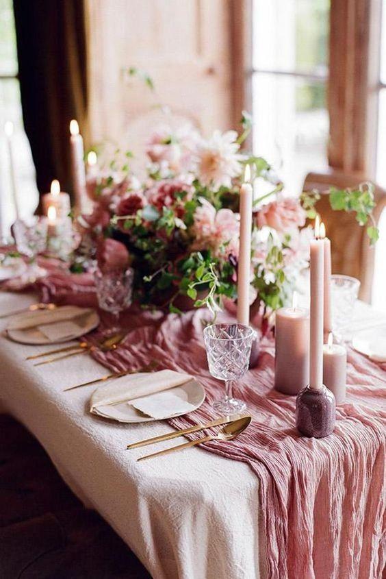 Enfeites de natal cor de rosa para mesa de jantar