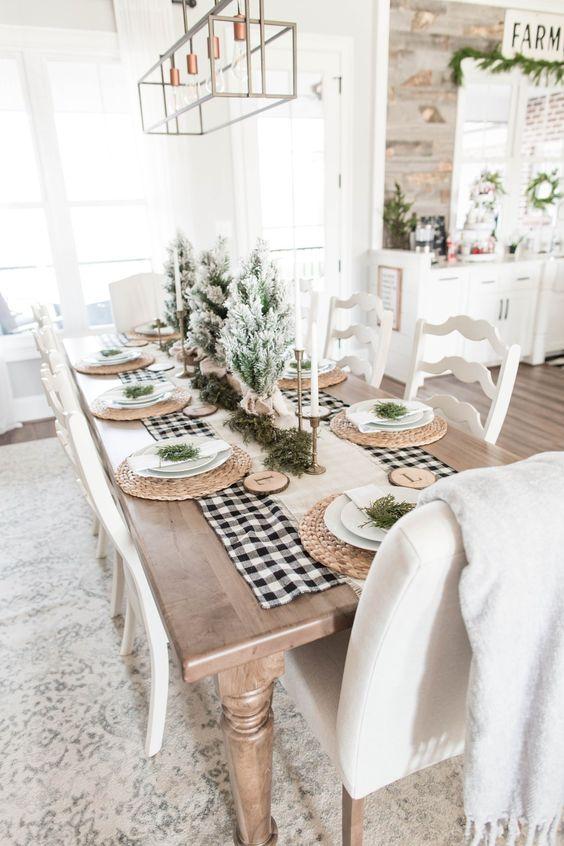 Enfeites de natal para mesa branca e verde
