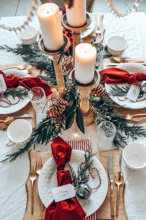 Enfeites de natal para mesa em vermelho e branco