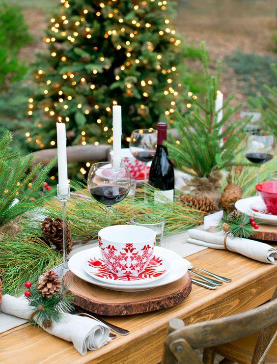 Enfeites de natal para mesa de ceia ao ar livre
