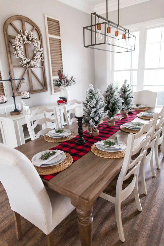 Enfeites de natal para mesa de madeira