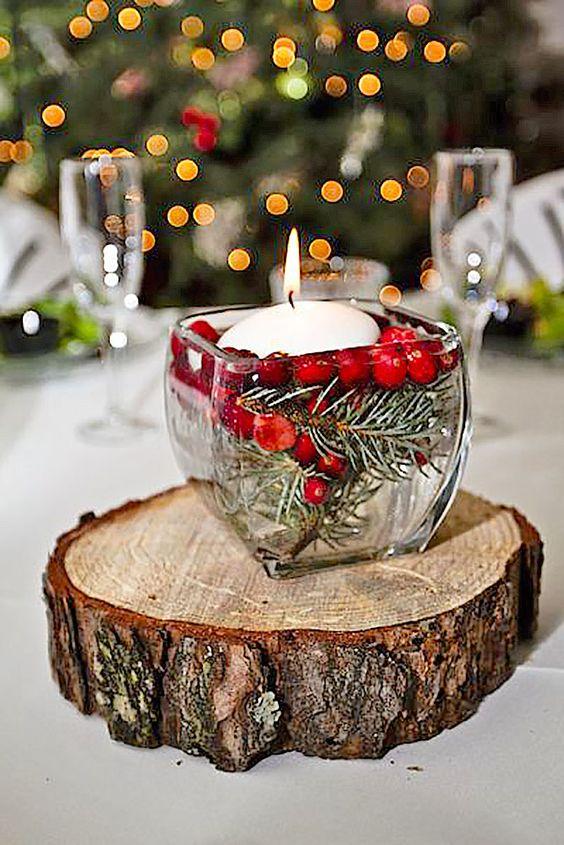 Vaso de vidro como enfeites de natal para mesa rústica