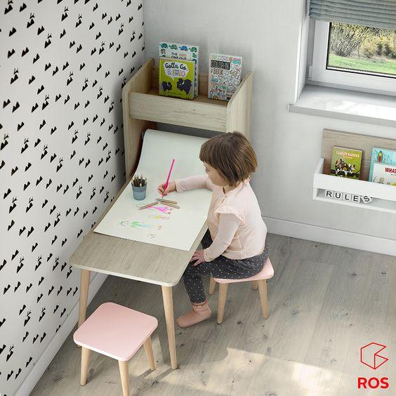 Escrivaninha infantil com banquinho rosa