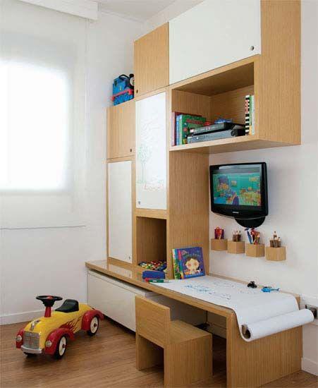 Escrivaninha infantil de atividades