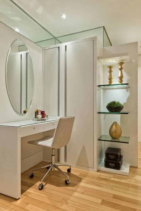 espelho redondo sem moldura para penteadeira branca Foto Deborah Nicolau