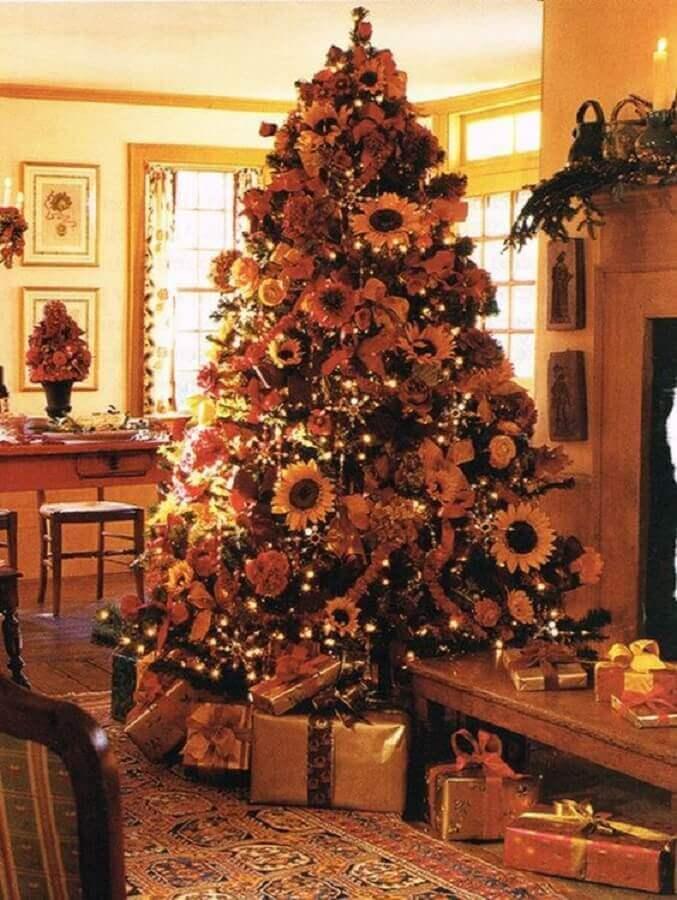 flowers for decoration of big and full Christmas tree Photo Handicraft Magazine