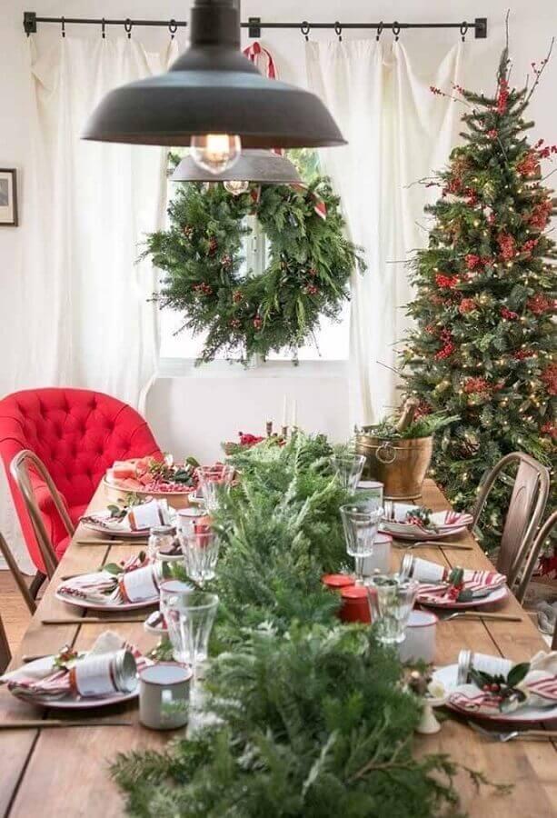 folhagens para decoração de mesa natalina rústica Foto Fabio Fast