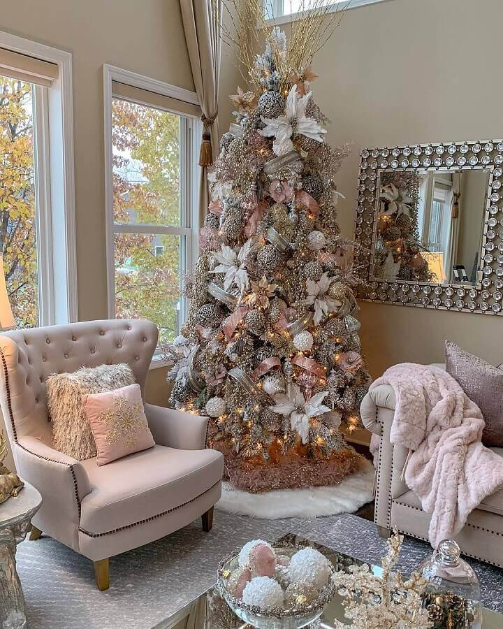 white Christmas decoration ideas with big and full tree Photo Farah Merhi