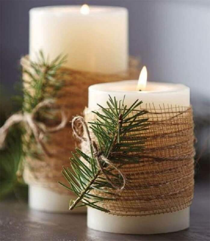Christmas decorative ideas with decorated candles Photo Christmas Glitter