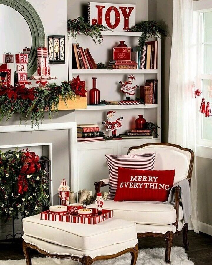 ideas for decorating Christmas in a room with various decorations and theme pillows Photo Christmas Glitter