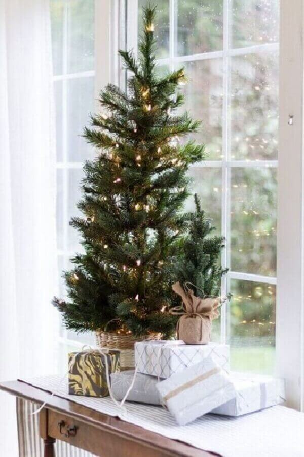 ideas for decorating small Christmas tree with blinker Photo Pinterest