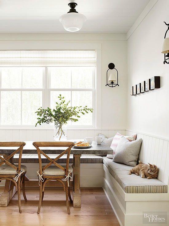 Mesa de canto alemão branco e madeira