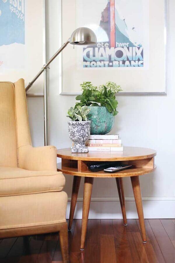 modelo de mesa de canto redonda madeira para sala Foto Pinterest
