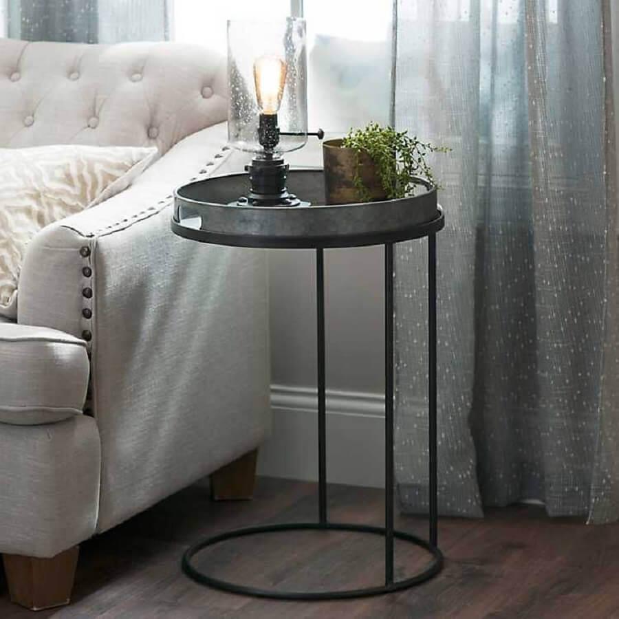 modelo de mesa de canto redonda preta rústica Foto Metal Rústico