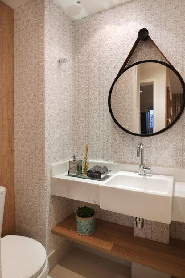 papel de parede para banheiro decorado com espelho adnet  Foto Pinterest